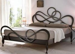 Кровати кованые собственного производства